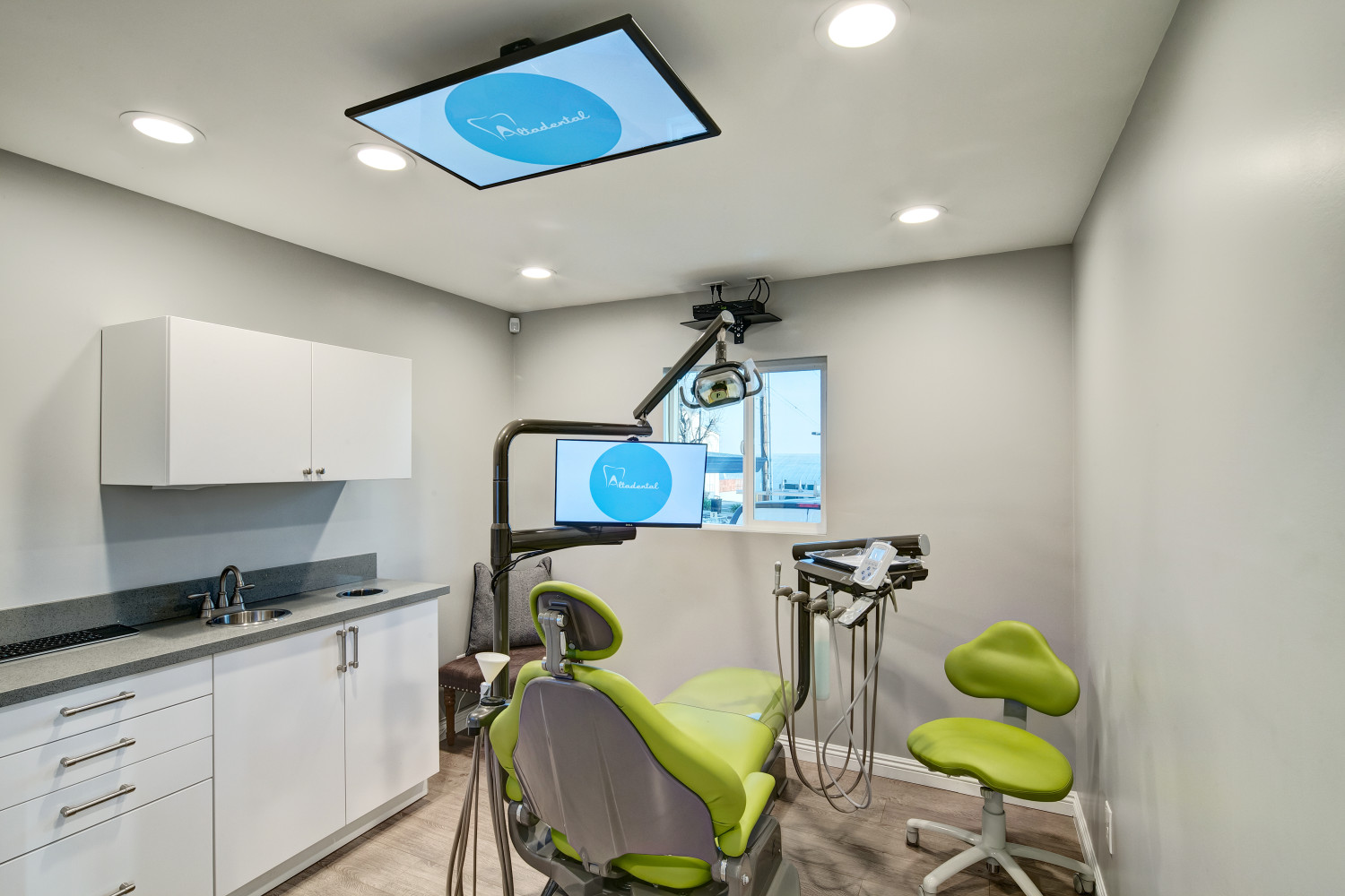 Altadental Adult Room